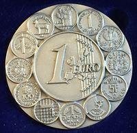 """Image de 2003г. 1 евро. Настольная медаль-календарь Intercoins """"В память ушедших монет"""""""