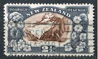 Изображение Новая Зеландия 1935 г. SC# 189 • 2 1/2d. гора Кука • Used XF ( кат.- $25 )