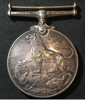"""Bild von Великобритания • 1945 г. • медаль """"За участие в боевых действиях 1939-1945 гг."""" • XF"""