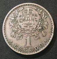 Изображение Португалия 1962 г. • KM# 578 • 1 эскудо • герб страны • регулярный выпуск • XF
