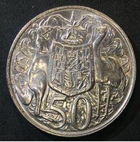 Image de Австралия 1966 г. KM# 67 • 50 центов • Елизавета II • кенгуру, страус и герб • регулярный выпуск • MS BU люкс!
